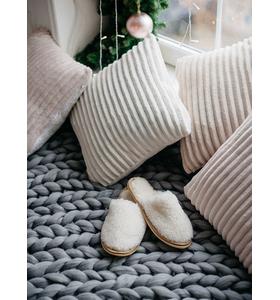 Тапочки домашние белые